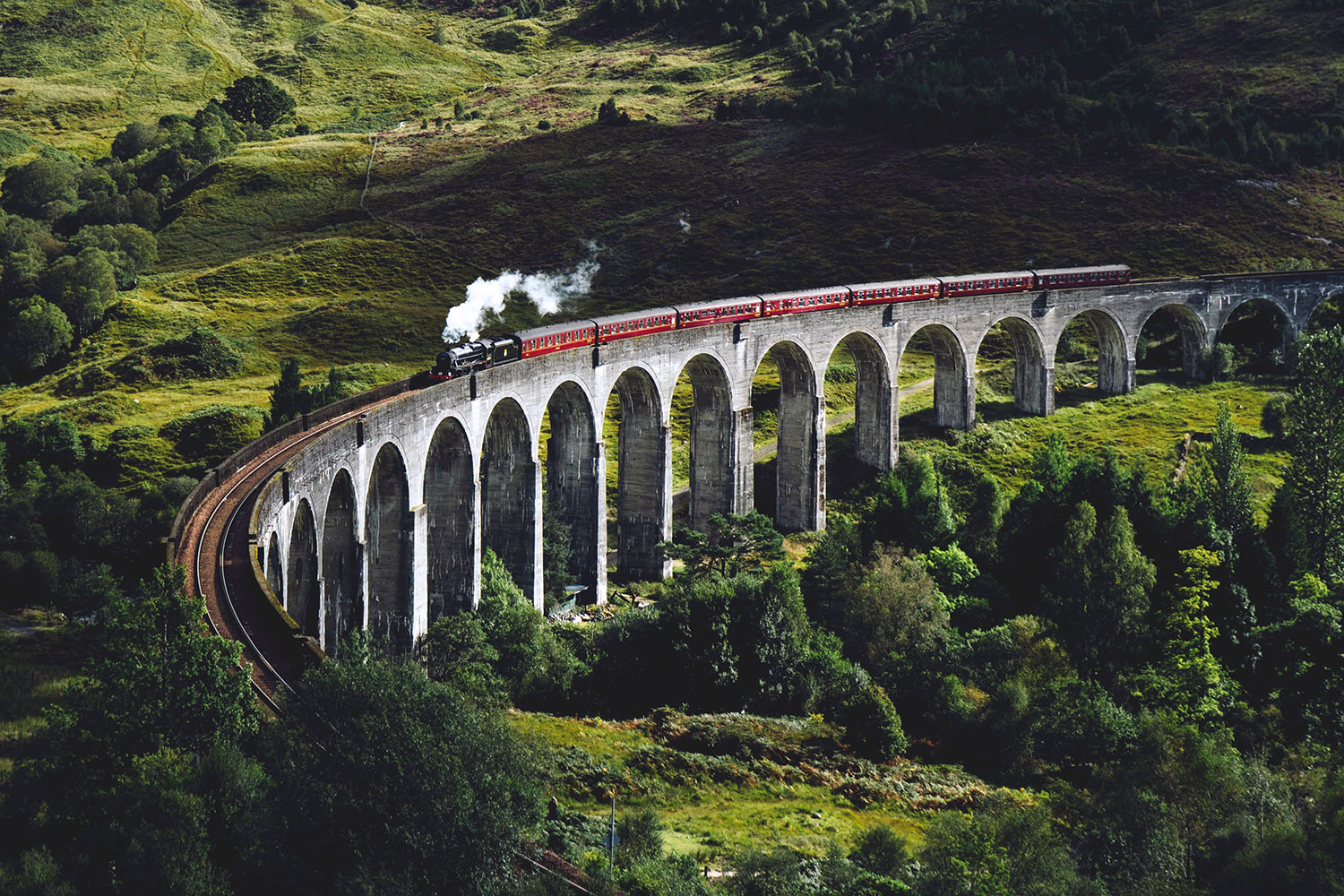 Glenfinnan Viaduct features in our tour of the Scottish Islands - The Islander tour