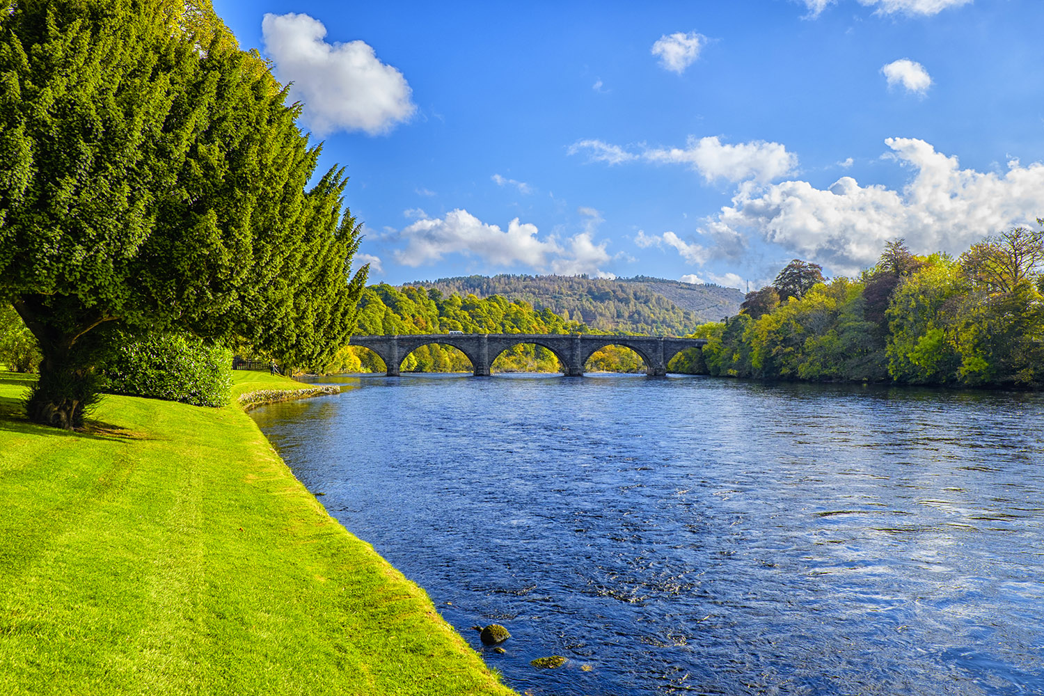 The River Tay in Dunkeld is the longest river in Scotland, visit this on a bespoke private tour of Scotland