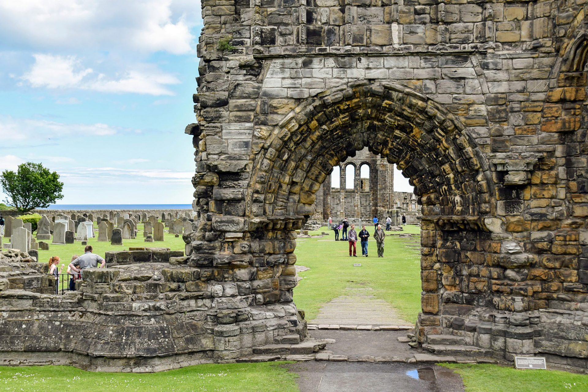 St Andrews is a seaside town with Royal ties featured in our royal and ancient tour of Scotland